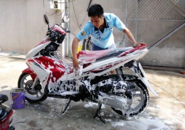Hóa Chất Rửa Xe Du Lịch và Honda Siêu Bóng
