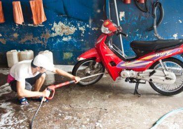 Rửa Xe Máy Như Thế Nào Cho Đúng