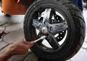 Dung dịch làm sạch chuyên dụng vành mâm xe ô tô