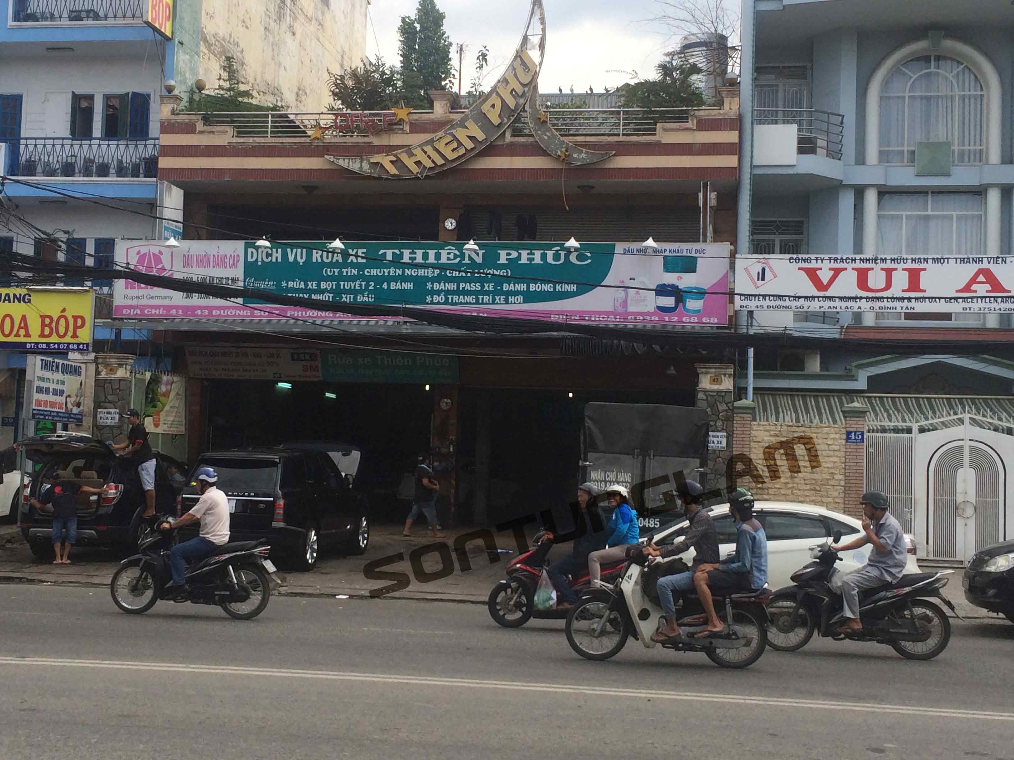 Dich-vu-rua-xe-Thien-Phuc