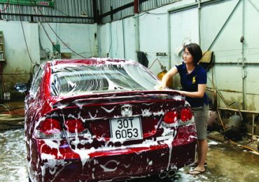 Quy trình rửa xe ô tô bằng máy rửa xe áp lực cao