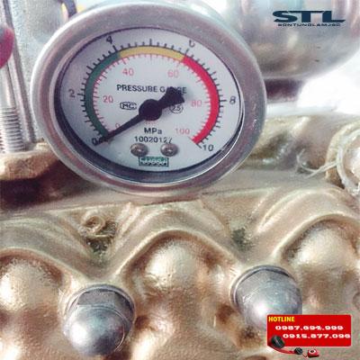 đồng hồ đo áp lực máy rửa xe dây đai