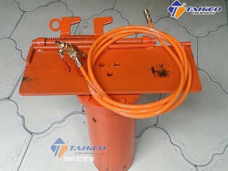 ben-nang-rua-xe-tahico-9