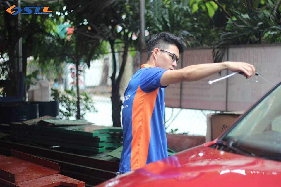 demo nuoc rua xe khong cham tai son tung lam