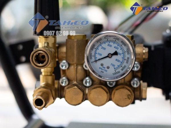 Đồng hồ đo áp lực máy rửa xe cao áp (1)